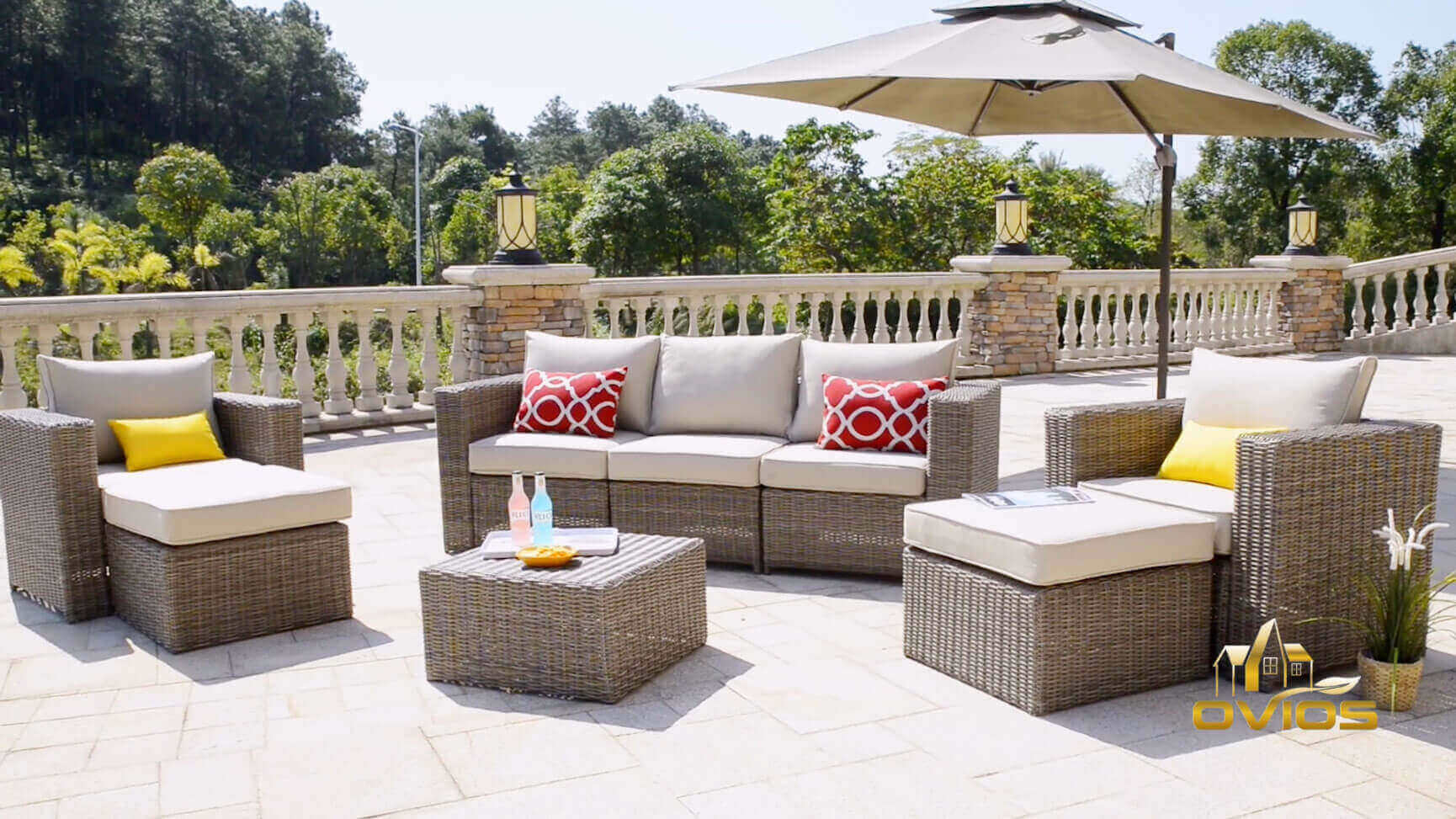 Patio Wicker Couch   Set VIDEO