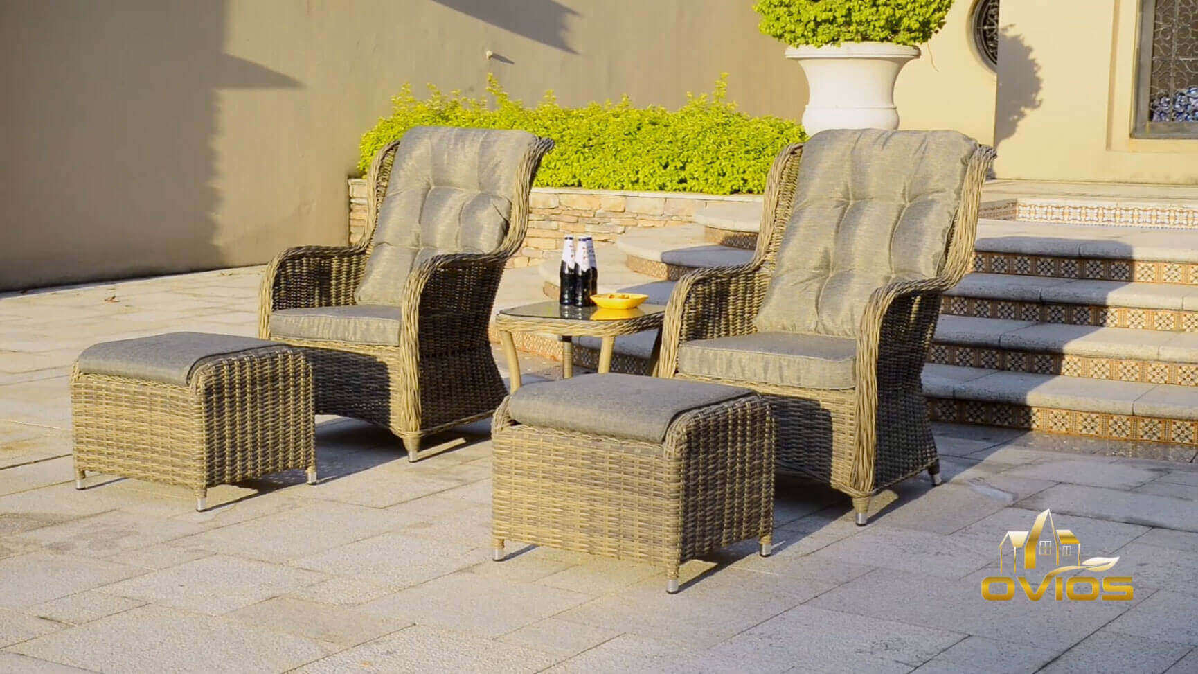 Custom Wicker Patio Seating Set VIDEO